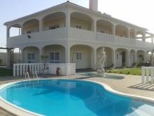 Image No.1-Maison / Villa de 6 chambres à vendre à Ferreira do Alentejo