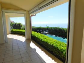 Image No.9-Villa / Détaché de 3 chambres à vendre à Zambrone