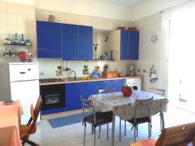 Image No.2-Appartement de 3 chambres à vendre à Pizzo