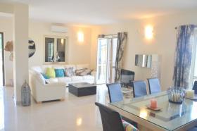 Image No.8-Maison de campagne de 3 chambres à vendre à Tropea