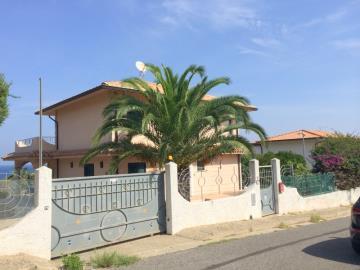Villa-Prestia---Bratico-670-000--1--JPG-543bd5cf493c5