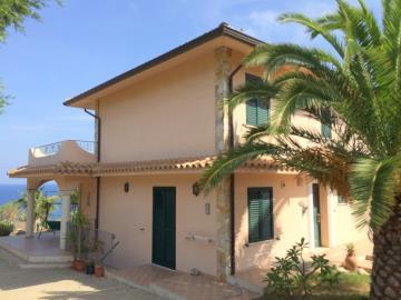 Villa-Prestia---Bratico-670-000--4--JPG-543bd5dad3334