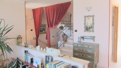 Villa-Prestia---Bratico-670-000--96--JPG-543bd8aadd18e