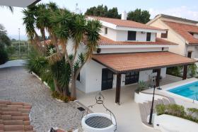 Image No.2-Maison de village de 6 chambres à vendre à Capo Vaticano