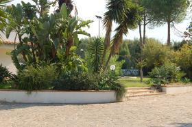 Image No.10-Maison de village de 6 chambres à vendre à Capo Vaticano