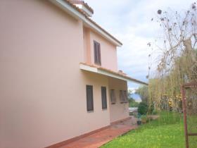 Image No.2-Villa / Détaché de 5 chambres à vendre à Briatico