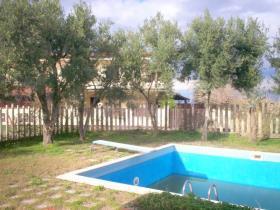 Image No.0-Villa / Détaché de 5 chambres à vendre à Briatico