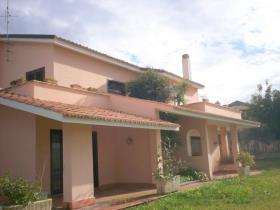 Image No.3-Villa / Détaché de 5 chambres à vendre à Briatico