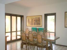 Image No.7-Villa / Détaché de 5 chambres à vendre à Briatico