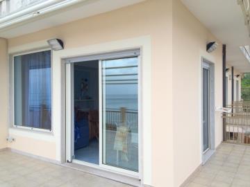 The-Puffin-Apartment-Piedigrotta-Pizzo-4-52eb995e4bb73