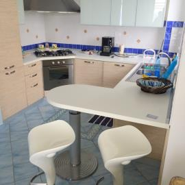 The-Puffin-Apartment-Piedigrotta-Pizzo-5-52eb9246a5dc7