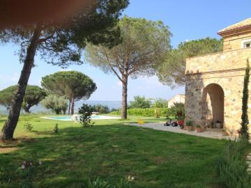 Villa-Argitola-Galati--1--JPG-521f7f03706a7