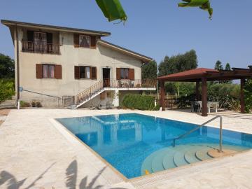 Villa-Sporre-USE-27-613736035ec92