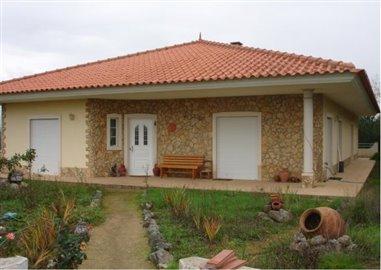 1 - Sertã, House