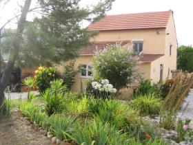 Cernache do Bonjardim, Country Property