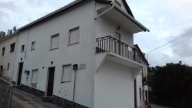 Troviscal, House