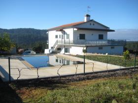 Image No.1-Maison de 4 chambres à vendre à Sertã