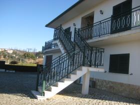 Image No.2-Maison de 4 chambres à vendre à Sertã