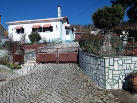 Castanheira de Pêra, Country Property