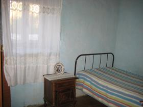 Image No.23-2 Bed Country Property for sale