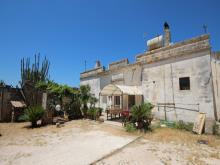 Image No.1-8 Bed Farmhouse for sale