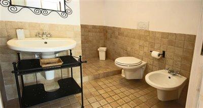 1-bathroom