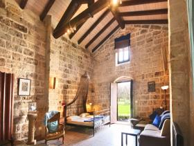 Image No.8-21 Bed Farmhouse for sale
