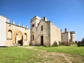 Lecce, Farmhouse