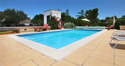 15-swimming-pool