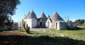 Cisternino, Country House