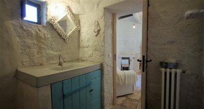 16bathroom1-2