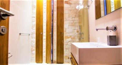 12-bathroom3