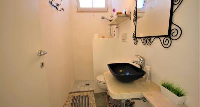 14bathroom1