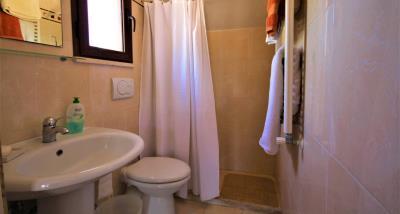 12bathroom2