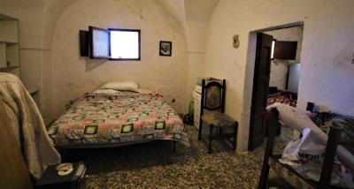 9bedroom2