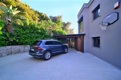 Luxury Sea View Villa in Gokcebel - Private shaded parking