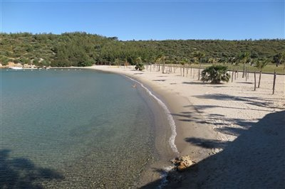 Beach Villa in Bodrum For Sale - Secluded private beaches