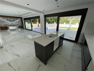 New Contemporary Kemer Villas - Antalya - Living area with pool access