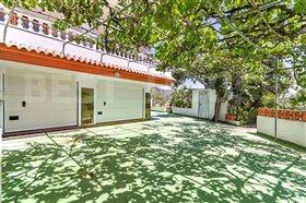 Image No.0-1 Bed Villa for sale