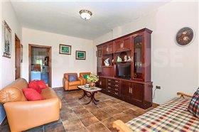 Image No.9-1 Bed Villa for sale