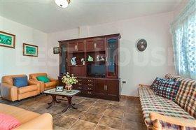 Image No.10-1 Bed Villa for sale