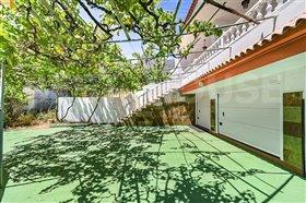 Image No.1-1 Bed Villa for sale
