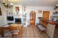 Image No.9-7 Bed Property for sale