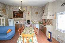 Image No.25-7 Bed Property for sale