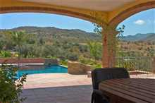 Image No.1-4 Bed Property for sale