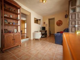 Image No.2-Propriété de 4 chambres à vendre à Alozaina