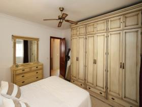 Image No.19-5 Bed Property for sale