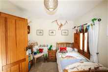 Image No.27-3 Bed Property for sale