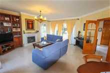 Image No.9-5 Bed Property for sale