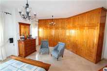 Image No.29-5 Bed Property for sale